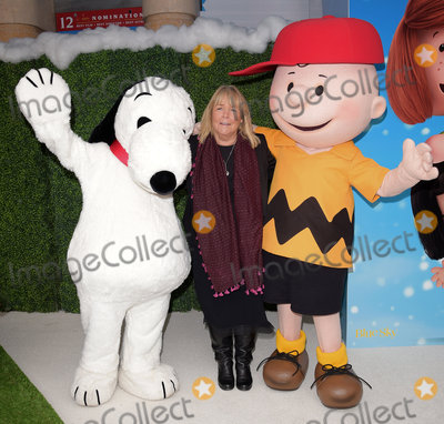Charlie Brown Photo - London UK  Linda Robson   at The UK Gala Screening of Snoopy and Charlie Brown at  The Peanuts Movie at Vue West End Leicester Square London on Saturday 28 November 2015Ref LMK392-58951-291115Vivienne VincentLandmark Media WWWLMKMEDIACOM
