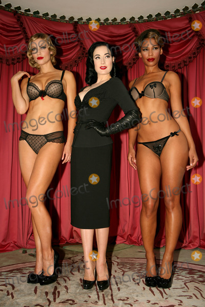 Dita Von Teese Pictures and Photos
