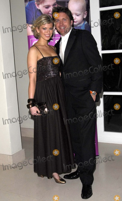 James Martin Photo - LondonUK Celebrity TV chef James Martin and Sally Kettle (Miss England in 2001)   at the Night of the Stars Ball to raise money for the charity CLIC Sargent at the Hurlingham Club Ranelagh Gardens London  30th November 2007 SydLandmark Media