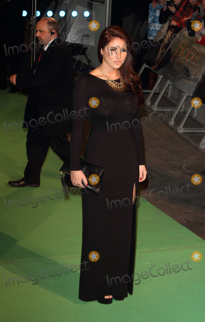 Lucy Pinder Photo - London UK 121212Lucy Pinder at The Royal Film Performance 2012  of The Hobbit An Unexpected Journey  held at the Odeon Cinema Leicester Square12 December 2012Keith MayhewLandmark Media