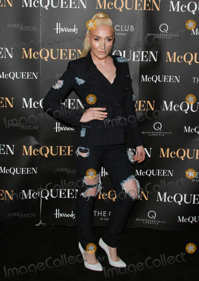 Alexis Knox Photo - London UK Alexis Knox  at McQueen at the  Press Night Theatre Royal Haymarket 27th August 2015 Ref LMK394-58176-290815Brett CoveLandmark Media  WWWLMKMEDIACOM