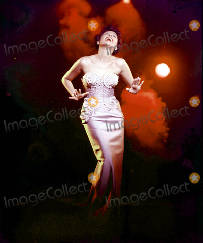 Lena Horne Photo - LENA HORNEPHOTO BYGLOBE PHOTOS INC