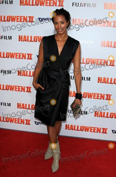 ELLA THOMAS Photo - Ella Thomas Actress Halloween Ii Los Angeles Premiere Photo by Graham Whitby Boot-allstar-Globe Photos Inc 2009