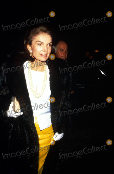 Jacqueline Kennedy Onassis Photo - Jacqueline Kennedy Onassis F9215 1989 Photo by Michael FergusonGlobe Photos Inc Jacquelinekennedyonassisretro
