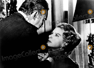 Anthony Quinn Photo - Ingrid Bergman and Anthony Quinn in the Visit 1964 11321 Supplied by IpolGlobe Photos Inc Ingridbergmanretro