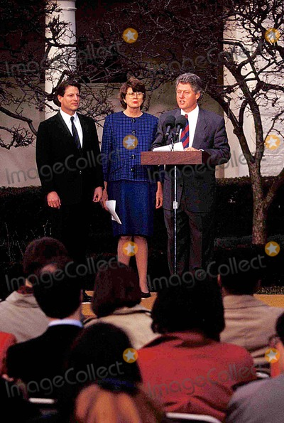 Janet Reno Photo - AL Gore Janet Reno and Bill Clinton Photo James Colburn-ipol-Globe Photos Inc 1993 Billclintonretro