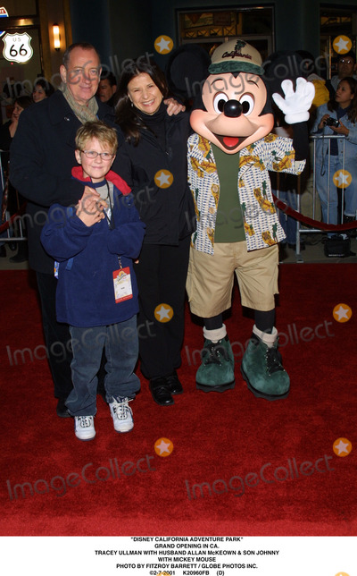 Allan McKeown Photo - Disney California Adventure Park Grand Opening in CA Tracey Ullman with Husband Allan Mckeown  Son Johnny with Mickey Mouse Photo by Fitzroy Barrett  Globe Photos Inc 2-7-2001 K20960fb (D)