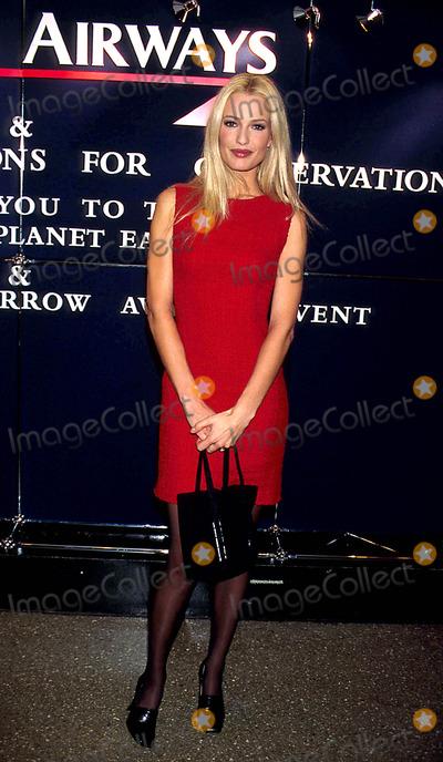 Karen Mulder Photo - Sd1030 Safari Planet Earth Awards in New York City Karen Mulder Photo Bywalter WeissmanGlobe Photos Inc