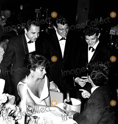 Frankie Avalon Photo - Bob Marcuca Fabian Frankie Avalon Elizabeth Taylor and Eddie Fisher at the Academy Awards Globe Photos Inc