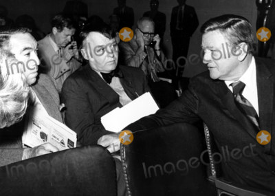 Anthony Quinn Photo - Anthony Quinn_rod Steiger_john Wayne Meet at the Academy of Motion Picture Arts and Sciences Press Conference Globe Photosinc
