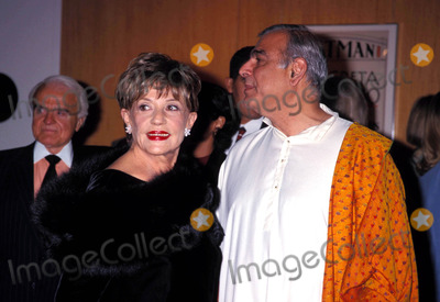 Jeanne Moreau Photo - Jeanne Moreau Tribute Beverly Hills CA Jeanne Moreau Ismail Merchant 1998 Photo by Lisa Rose-Globe Photos