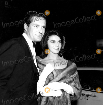 Hugh OBrian Photo - Hugh Obrian and Ann-margret a680-6b Globe Photos Inc Annmargaretretro