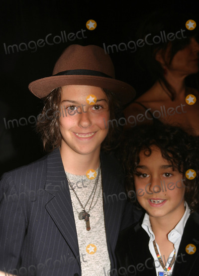 The Naked Brothers Band Photo - 30th Annual Songwriters Hall of Fame Ceremony at Marriott Marquis Hotel New York City 06-19-2008 Photo by Barry Talesnick-ipol-Globe Photos Nat Wolff and Alex Wolff of the Naked Brothers Band