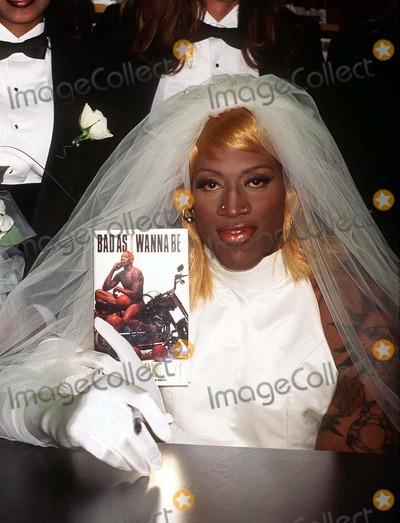 08 96 new york city dennis rodman wearing a wedding dress at barnes