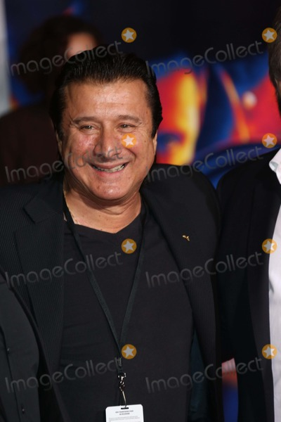 Steve Perry Photo - Singer Steve Perry attends the Premiere of Need For Speed at Tcl Chinese Theatre in Los Angeles USA on 06 March 2014 Photo Alec Michael Photo by Alec Michael-Globe Photos Inc