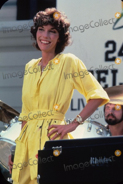Karen Carpenter Photo - Karen Carpenter E1289a Supplied by Globe Photos Inc