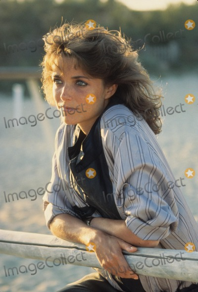 Karen Allen Photo - Karen Allen 1984 A3524 Supplied by Globe Photos Inc