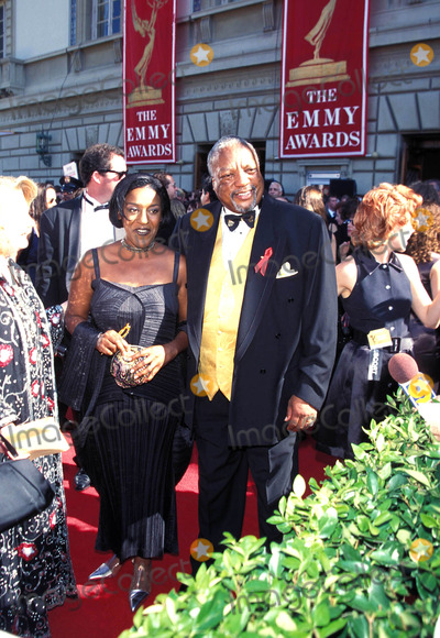 Paul Winfield Photo - Emmy Awards 1995 Paul Winfield_cch Pounder Photo by Fitzroy BarrettGlobe Photosinc Paulwinfieldretro