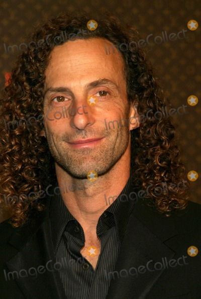 Kenny G Photo - Kenny G - the Louis Vuitton United Cancer Front Gala - Universal Studios Hollywood CA - 11082004 - Photo by Nina PrommerGlobe Photos Inc2004
