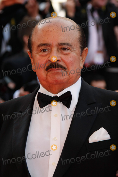 Adnan Khashoggi Photo - Andnan Kashoggi Arriving at the Premiere of the Film Blindness on Opening Night of the 2008 Cannes Film Festival at Palais Des Festivals in Cannes France on May 14th 2008 Photo by Alec Michael-Globe Photos K58851am