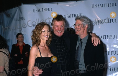 Adrian Lyne Photo -  5602 the Unfaithful Film Premiere at the Ziegfeld Theater in NYC Diane Lane with Adrian Lyne and Richard Gere Photo by Sonia MoskowitzGlobe Photos Inc