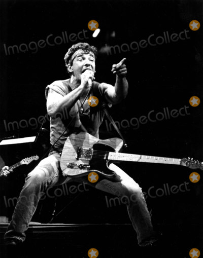 Bruce Springsteen Photo - Bruce Springsteen on the Born in the USA Tour Roger GlazerGlobe Photos Inc