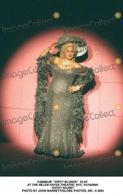 Kathy Najimy Photo - Dirty Blonde Play at the Helen Hayes Theatre NYC 1192001 Kathy Najimy Photo by John BarrettGlobe Photo Inc