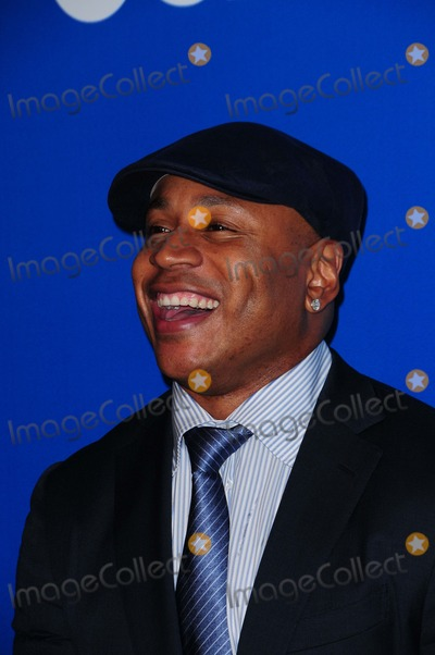 LL Cool J Photo - Cbs Upfront 2012 Lincoln Center ny 05-16-2012 Photo by - Ken Babolcsay IpolGlobe Photos 2012 Melissa Mccarthy Billy Gardell Whitney Cummings Les Moonbves Erica Hill Gayle King Aiden Quinn Lucy Liu Jonny Lee Miller Elisabeth Shue Ted Danson Ll Cool J Ncis Cast Cote de Pablo Pauley Perrette the Talk Cast Sharon Osbourne Tom Sellek Aisha Tyler Bridgette Moynahan Archie Panjabi Christine Baranski Jim Caveivel Kyle Maclachlan Janet Montgomery Chris Odonnell Kat Dennings Beth Behrs Big Bang Cast Mayim Bialik Vegas Cast Jason Omara Dennis Quaid Michael Chiklis How I Met Your Mother Cast Jason Segal Josh Radnor Cobie Smulders Toni Trucks
