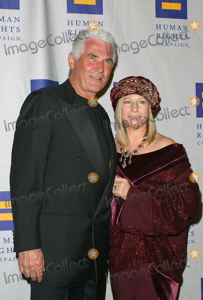 James Brolin Photo - Barbra Streisand and Husband James Brolin - Human Rights Campaign Gala - Century Plaza Hotel Century City CA - 03062004 - Photo by Nina PrommerGlobe Photos Inc2004