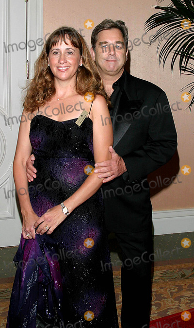 Beau Bridges Photo - Covenant with Youth Awards Dinner Gala at Beverly Hills Hotel Beverly Hills California 050704 Photo by Tom RodriguezGlobe Photos Inc 2004 Beau Bridges and Wife Wendy