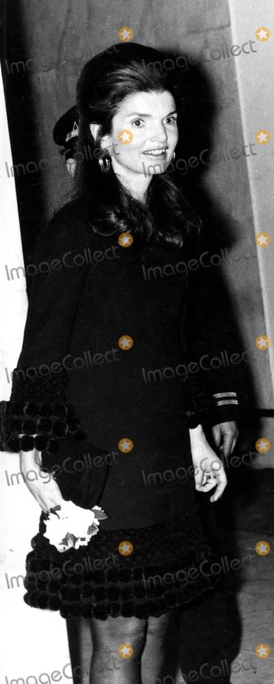Jacqueline Kennedy Onassis Photo - Jacqueline Kennedy Onassis 1970 6796 Ipol ArchiveipolGlobe Photos Inc Jacquelinekenndeyonassisretro