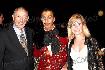 Salvador Dali Photo - I8636CHWA DATE WITH DESTINO SALVADOR DALIS 100TH BIRTHDAY GALA PRESENTED BY CONSULATE GENERAL OF SPAIN AND LACMALOS ANGELES COUNTY MUSEUM LOS ANGELES CA051104PHOTO BY CLINTON HWALLACEIPOLGLOBE PHOTOS INC2004ROY DISNEY SALVADOR DALI AND CHRISTINE ARGILLET DISNEYWARS