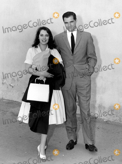 John Gavin Photo - John Gavin with Susan Kohner in Imitation of Life Supplied by Globe Photos Inc Tv-film Still