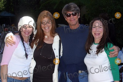 Ellen Lavinthal Photo - Ho-ho Holiday Shopping Party at Private Residence in Beverly Hills CA 12-01-04 Photo by Milan RybaGlobe Photos Inc2004 Deborah Cordayeric Roberts and His Wife Ellen Lavinthal