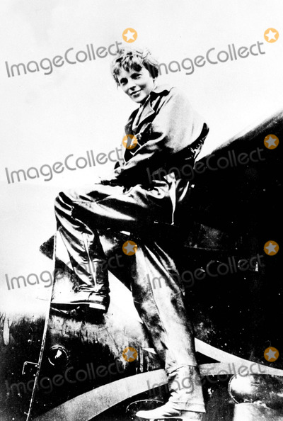 Amelia Earhart Photo - Amelia Earhart Supplied ByipolGlobe Photos Inc