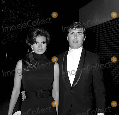 Raquel Welch Photo - Raquel Welch with Pat Curtis at Mae Wests Dinner 2111968 5476 Photo by Phil RoachipolGlobe Photos Inc