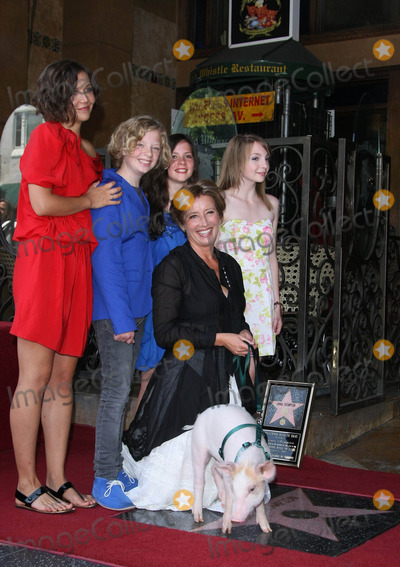 Emma Thompson Photo - Emma Thompson Maggie Gyllenhaal Eos Vlahos Rosie Taylor Witson Lil Woods Monkey the Pig Actors Emma Thompson Honored with a Star on the Hollywood Walk of Fame Hollywood CA 08-06-2010 Photo by Graham Whitby Boot-allstar-Globe Photos Inc 2010