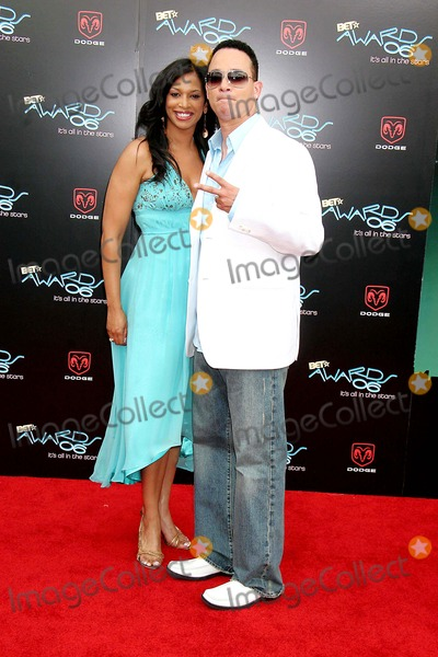 Kid N Play Photo - 2006 Bet Awards - Arrivals Shrine Auditorium Los Angeles CA 06-27-2006 Photo Clinton H Wallace-photomundo-Globe Photos Inc Christopher Reid of Kid N Play and Guest