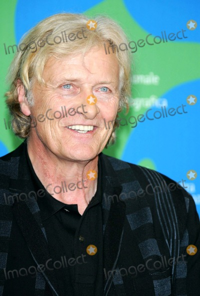 Rutger Hauer Photo - Rutger Hauer Posing After the Press Conference of the Film Blade Runner the Final Cut at the 64th Film Fest in Venice Italy at Palazzo Del Casino on September 1st 2007 Photo by Alec Michael-Globe Photosinc