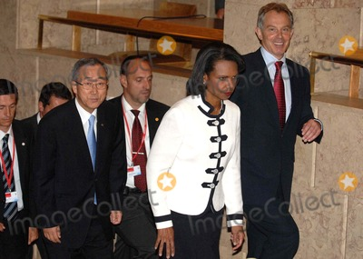 Tony Blair Photo -  Lisbon USA the Quartet of Middle East Mediators Meet in Lisbon This Is Tony Blairs First Meeting As the Groups Envoy in Picture Ban Ki-moon Condoleezza Rice and Tony Blair Photo by Alvaro Isidoro-cityfiles-Globe Photos Inc 2007