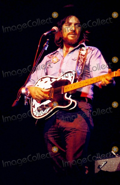 Photos and pictures waylon jennings and jessie colter - Waylon jennings wallpaper ...
