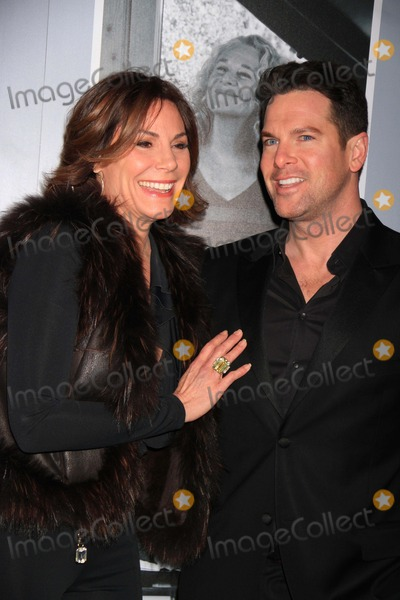 Thomas Roberts Photo - Countess Luann de Lessepsthomas Roberts at Opening Night of beautiful-the Carole King Musical at Stephen Sondheim Theatre W43st 1-12-2013 John BarrettGlobe Photos