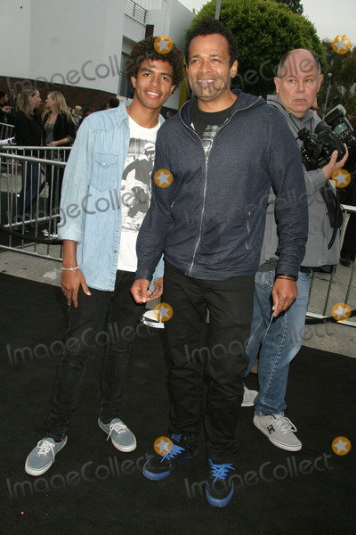 Mandela Van Peebles Photo - Super 8 Los Angeles Premiere Regency Village Theater  Los Angeles ca05082011 Mario Van Peebles and Son Mandela Van Peebles photo Clinton H wallace-photomundo-globe Photos Inc 2011