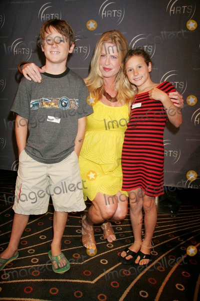 Amy Boatwright Photo - Hollywood Radio  Television Society Presents Kids Day 2007 Hosted by Kyle Massey Hollywood and Highland-grand Ballroom Hollywood CA 08-15-07 Amy Boatwright and Family Photo Clinton H Wallace-photomundo-Globe Photos Inc