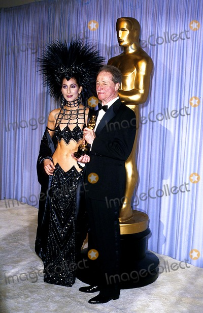 Don Ameche Photo - Academy Awards  Oscars Cher and Don Ameche Photojames Colburn  Ipol  Globe Photos Inc 1986