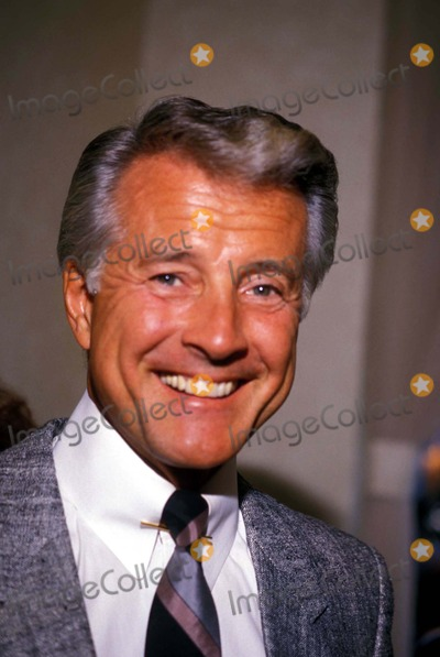 Lyle Waggoner Photo - 1988 Lyle Waggoner Photo by Bob NobleGlobe Photos