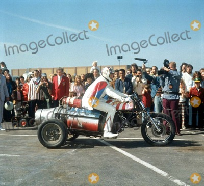 Evel Knievel Photo - Evel Knievel Photo by Russ ReedGlobe Photos