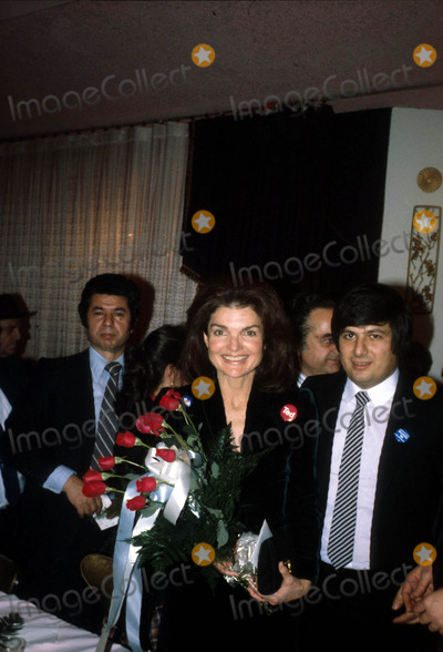 Jacqueline Kennedy Onassis Photo - Jacqueline Kennedy Onassis Photo by Hy SimonGlobe Photos Inc Jacquelinekennedyonassisretro