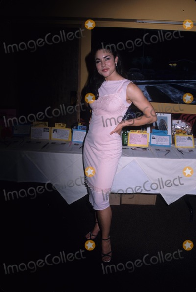 Tsianina Joelson Photo - Tsianina Joelson Around Town at Cava Restaurant  Los Angeles  Ca 1999 K15532mr Photo by Milan Ryba-Globe Photos Inc