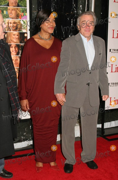 Grace Hightower Photo - Little Fockers World Premiere at the Ziegfeld Theater in New York City December 15 2010 Photo by Paul Schmulbach-Globe Photos Inc Robert Deniro and Grace Hightower
